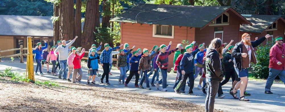 JGA16 - Kids Marching